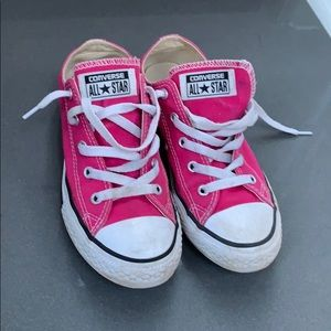 Pink girls converse size 3